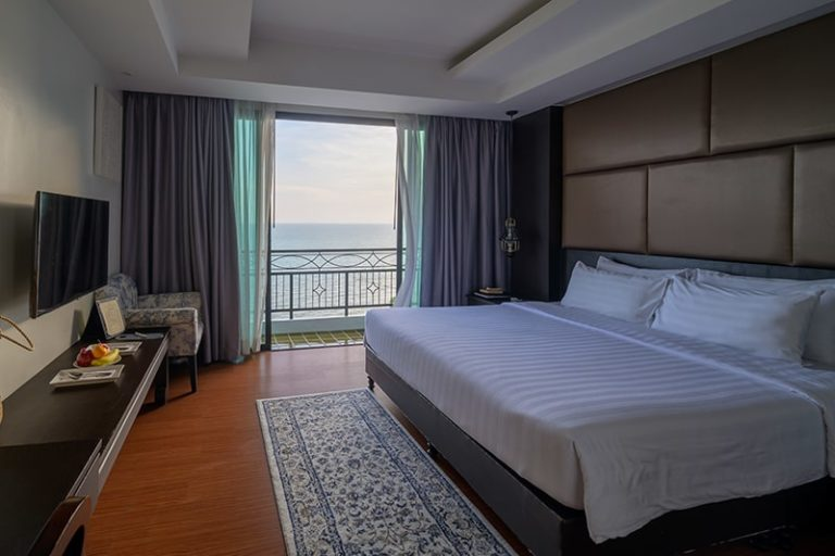 Bay Beach Resort Jomtien : Deluxe Sea View Room